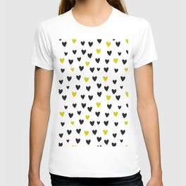 Kingdom of hearts - gold, black and white pattern T-shirt
