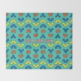 Sea for fun (green) Throw Blanket