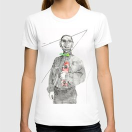 K and his alibi T-shirt