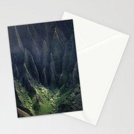 Breathtaking Hawaii Hanging Over Coastal Cliffs Stationery Cards