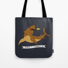 I wonder if it remembers me - The Life Aquatic Tote Bag