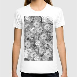 PARROTS MAGNOLIAS ROSES AND HYDRANGEAS TOILE PATTERN IN GRAY AND WHITE T-shirt