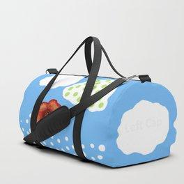 Coquelicot et deux nuages bis Duffle Bag
