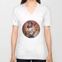 neil gaiman V-neck T-shirts featuring Neil. by David