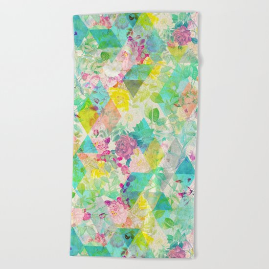 Floral triangles Beach Towel