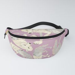 Totem Artic Wolf lilac Fanny Pack