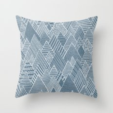 Mountain Pattern Throw Pillow