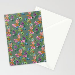 Floral pattern, plants and hummingbirds on green background Stationery Cards