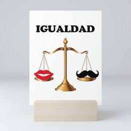 Igualdad de género Mini Art Print