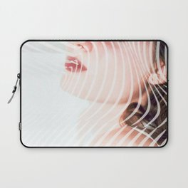 Ripple portrait Laptop Sleeve