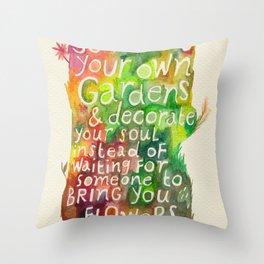 Jorge Luis Borges Throw Pillow