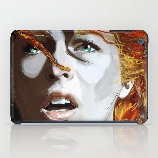 Leeloominaï iPad Case