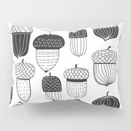 Doodle acorns autumn pattern Pillow Sham