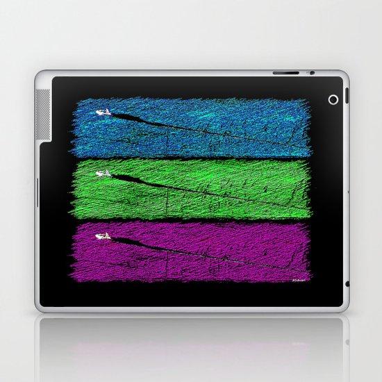 Big Buzz 2 Laptop & iPad Skin