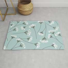 Queen Anne's Lace Floral Pattern Rug