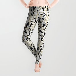 Black and White Feather Repeating Pattern Leggings
