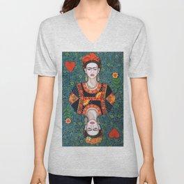 Frida, queen of Hearts Unisex V-Neck