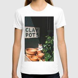 Clay Pot Cat T-shirt