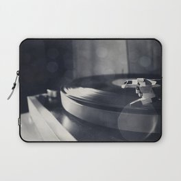 from time to time i like listening to an old record Laptop Sleeve