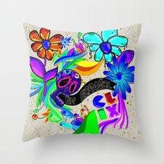 En español! Throw Pillow