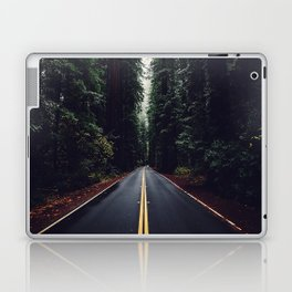 The woods have eyes Laptop & iPad Skin