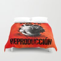 che Duvet Covers featuring CHE-HUGGER by BeastWreck