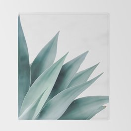 Agave flare II Throw Blanket