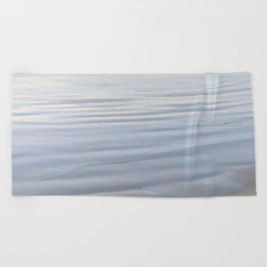 GLISTENING BEACH Beach Towel