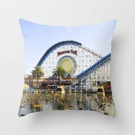 Coaster On the Waterfront Throw Pillow