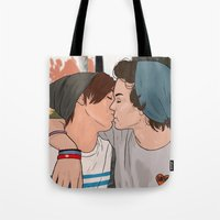 larry stylinson Tote Bags featuring Skater!Larry by Danny Spikes