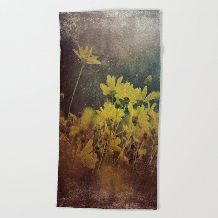 Abstract Yellow Daisies Beach Towel