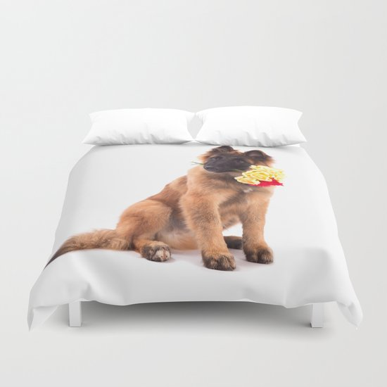 Puppy with roses  Duvet Cover