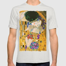 The Kiss by Gustav Klimt T-shirt
