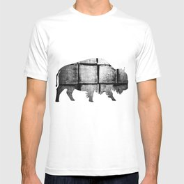 Buffalo (The Living Things Series)  T-shirt
