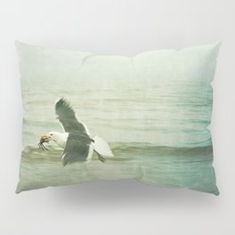 Seagull and Crab Pillow Sham
