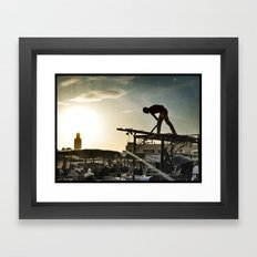 être de lumière Framed Art Print
