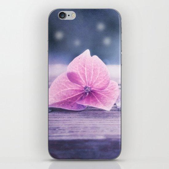 MÉNAGE À TROIS iPhone & iPod Skin