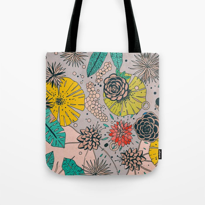 Olga loves flowers Tote Bag