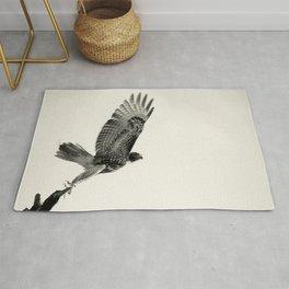 Red-Tail Hawk on Columbia River, Washington, Bird, Wildlife Rug