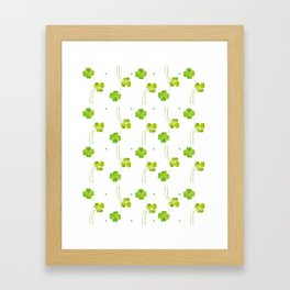 green clover leaf pattern watercolor Framed Art Print