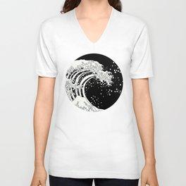 Black and White Great Wave Unisex V-Neck