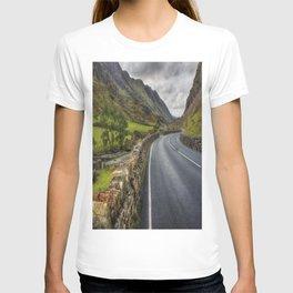 Llanberis Pass Winding Road T-shirt