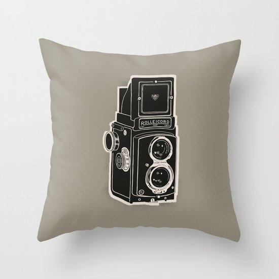 Rolleicord Throw Pillow