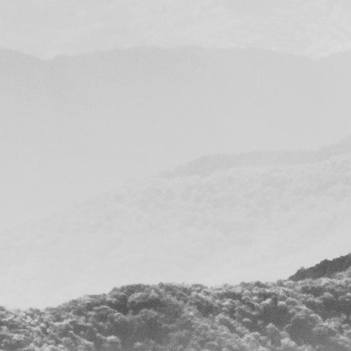 Glimpse - Black and White Mountains Landscape Nature Photography Leggings