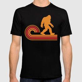 Retro Style Bigfoot Silhouette Sasquatch T-shirt