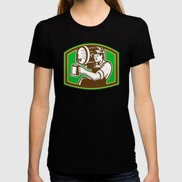 Barman Bartender Pour Beer Barrel Retro T-shirt