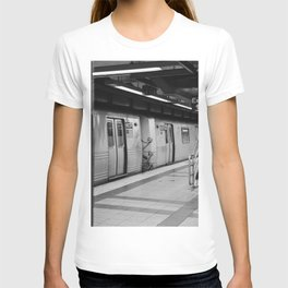 New York City metro, USA | City escape | Black and white Travel photography art print Art Print T-shirt