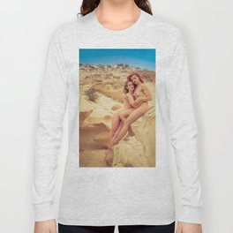 Nude Women In The Desert Long Sleeve T-shirt