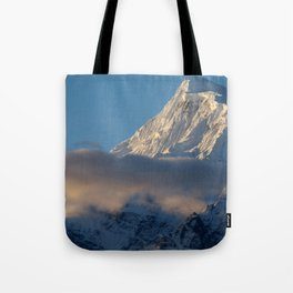 Cloud and Mountains way to Thorung Phedi Tote Bag