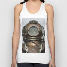 Antique vintage metal underwater diving helmet Unisex Tank Top